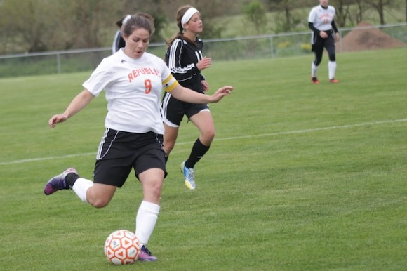 Sierra Casagrand scored two goals as the Lady Tigers won 3-0.